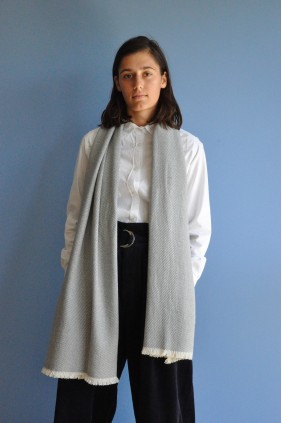 Scarf hand woven bicolor wool yak cashmere accessories exceptional softness warmth sustainable ethical