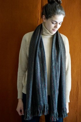 scarf, accessories, cashmere, wool, camel, yak, luxury, fine, ethical, sustainable upcylced, upcycling, soft, warm,