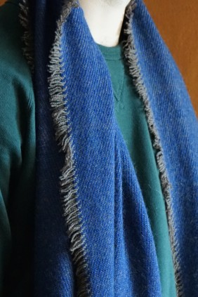 scarf accessories ethical sustainable luxury camel yarn natural fiber hand loom twill weave natural insulator